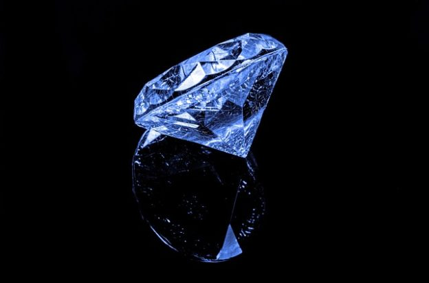 Vedci Objasnili Vznik Modrych Diamantu Vitalni Senior